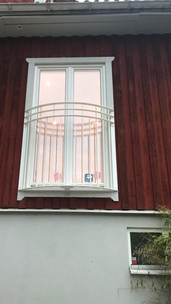 Montering av fransk balkong